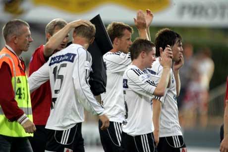 Odd-Grenland jubler etter at de snudde 0-2 til 3-2 mot Vålerenga. (Foto: Terje Bendiksby / SCANPIX)