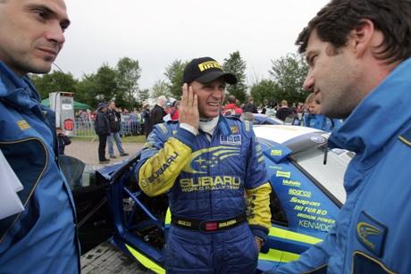 Petter Solberg brøt lørdag. Nå gleder han seg til neste helgs Rally Finland (Foto: Scanpix)