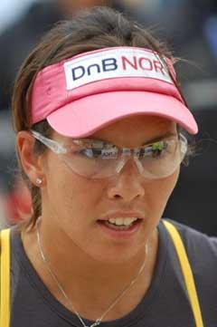 Nila Håkedal konsentrerer seg i Polen. (Foto: FIVB.com)