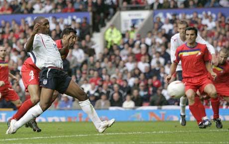 Jermain Defoe gjør 3-0. (Foto: Reuters/Scanpix)