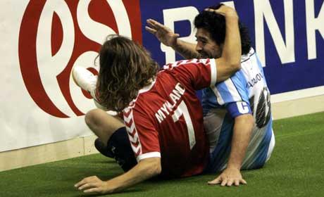 Diego Maradona i trivelig passiar med