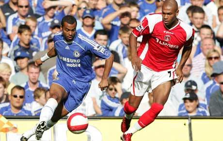 Cole i Chelsea-drakt mot Charlton (foto:AP/ Scanpix)
