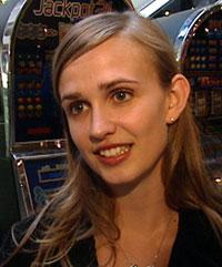 Psykolog Helga Myrseth Arnestad forsker på medikamentell behandling mot spilleavhengighet. Foto: NRK