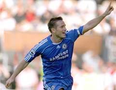 Frank Lampard jubler etter 2-0-målet. (Foto: AP/Scanpix)