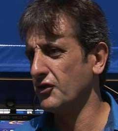Sportsdirektørnen i Subaru, Luis Moya vil ikke avslutte sesongen. (Foto: NRK)
