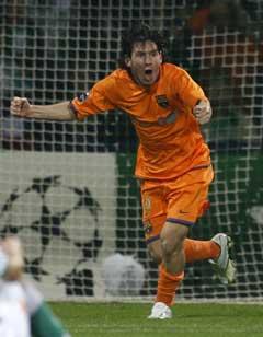 Lionel Messi jubler etter utlingingen. (Foto: Reuters/Scanpix)