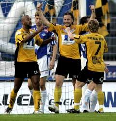 Start-jubel etter at Stefan Bärlin laget 1-0. (Foto: Tor Erik Schrøder / SCANPIX)