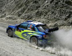 Petter Solberg i hans Subaru under årets Rally Kypros. (Foto: AP/ SCANPIX)
