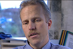 Lege og akupunktør Arne Johan Norheim er medisinsk ansvarlig for prosjektet.