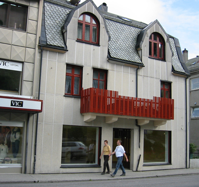 Butikken til Olav Henden vart bygd i 1923. Foto: Ottar Starheim