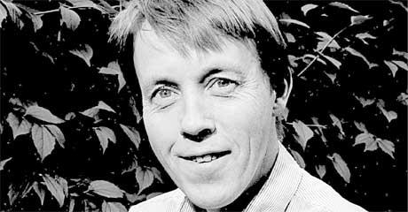 Jan Jakob Tønseth er nominert til Brageprisen 2006 sammen med veteranene Kjartan Fløgstad og Dag Solstad. Foto: Cappelen/forlaget
