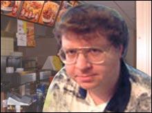 """Lars Aanesland på det lokale gate-kjøkkenet, der han for et par uker siden skal ha uttalt: """"Han Putin er en skikkelig dust""""."""