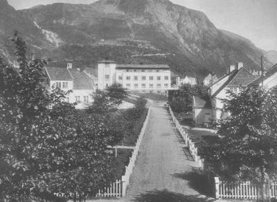 Høyanger sjukehus. Foto frå Norsk Hydros arkiv