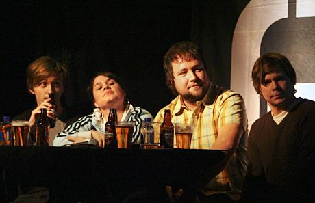 Sondre Lerche, Sigrid Hvidsten, Claes Olsen og Mats Borch Bugge utgjorde en usedvanlig samstemt Urørt-jury. Foto: Kim Erlandsen, NRK.