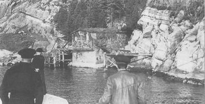 Torpedobatteriet på Angelshaug, fotografert like etter krigen. Foto: Kystartilleriet, frå boka