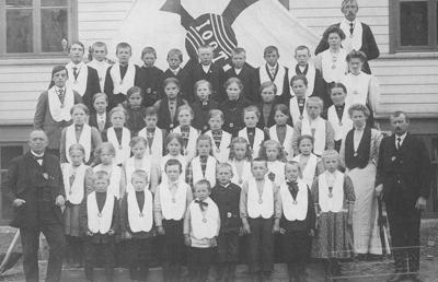 IOGT-barnegruppe på Hafslo. Foto: Olav Reppen, utlånt av Kirstina Hillestad