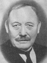 Rasmus Bruvoll var første fylkesformannen.