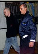 Den drapssiktede Joe Erling Jahr (til venstre) ble tatt hånd om av dansk politi. (Foto. All Over Press)
