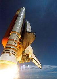 Store krefter må til for å få en rakett til å lette.