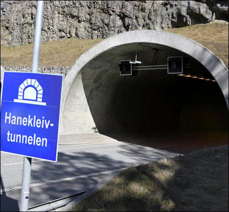 """UKAS BILDETEKST: Veidirektør Olav Søftelands kommentar om sikringen i tunnelene: """"Eh, altså, vi har en grevling i taket..."""" (Thomas Sørby) Foto: Scanpix"""