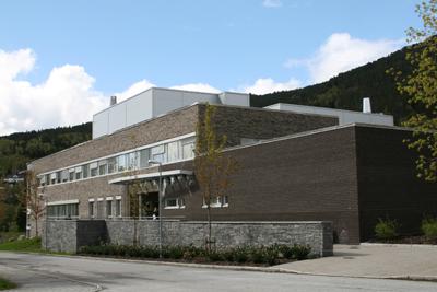 Ingeniørutdanninga er flytta til høgskuleanlegget på Vie. Foto: Kjell Arvid Stølen.