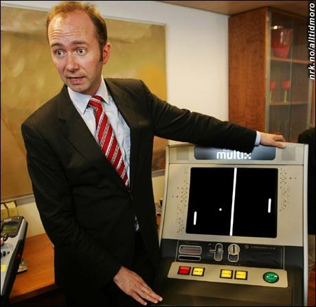 - Spillene i de nye automatene er like oppdaterte som APs politikk, forklarer Trond Giske. (Innsendt av Jarle Mathiesen)