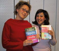 Kari Marstein og Nazneen Khan har lest hver sin versjon av debutromanen til britisk-jamaicanske Zadie Smith.
