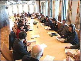 """""""Krigsråd"""" i regjeringskvartalet , myndighetene drøfter tiltak mot munn- og klovsyke."""