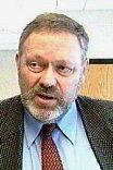 Ordfører Tom Christophersen klarer ikke å skjerme de svakeste fra kutt.