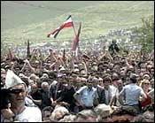 Milosevic taler til en million serbere på slagmarken Kosovo Polje. (Arkivfoto)