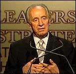 Den som åpner ild, skal få svar, varslet Israels utenriksminister Shimon Peres i går.