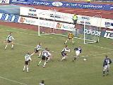 1 Erik Nevlands 2-1-scoring for Viking mot Rosenborg.