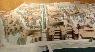 Modell av det nye regionsykehuset i Trondheim, RiT 2000