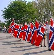 Nitimen vil som vanlig rapportere både fra Karl Johan i Oslo og andre steder i landet 17. mai.