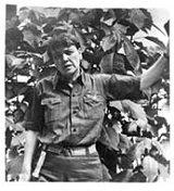 Agnes Smedley fotografert i Kina i 1930, der hun arbeidet som korrespondent for Frankfurter Zeitung og Manchester Guardian.