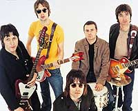 Oasis krangler fra Asia til Europa.