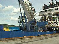 """Dykkerskipet """"Mayo"""" ble satt inn i et mislykket forsøk på å heve """"Kursk"""". Her ved kai i Kirkenes."""