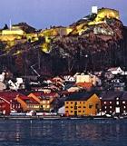 Båtturistene er allerede ønsket velkommen til Halden gjestehavn gjennom annonser og trykksaker. Gjestehavnen ble kåret til Norges flotteste for få år siden.