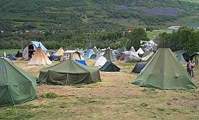 Teltplassen på Riddu Riddu festivalen (foto: NRK)