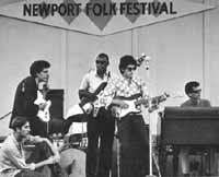 Al Kooper sammen med Bob Dylan på Newport Folk Festival i 1965
